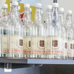 Bouteille plastique étiquette avec armoiries