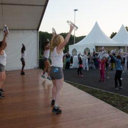 Danseuse avec eau minérale de Velleminfroy