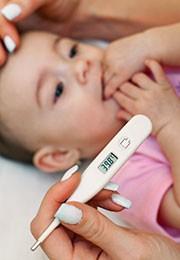 La déshydratation peut être dangereuse chez les bébés et les nourrissons.
