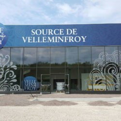 Façade usine source de Velleminfroy