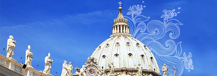Le Pape François boit de l'eau Velleminfroy